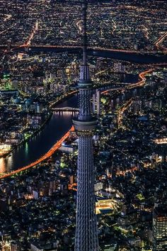 Tokyo - Skytree at night Tokyo Skyline, Tokyo Japan Travel, Japon Tokyo, Tokyo Night, Japan Architecture, Aesthetic Japan, Tokyo Tower, City Landscape, Night City