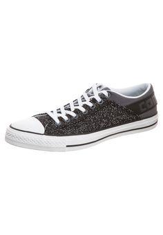 8763ecb9db5 8 beste afbeeldingen van VANS - Beautiful shoes, Cute shoes en ...