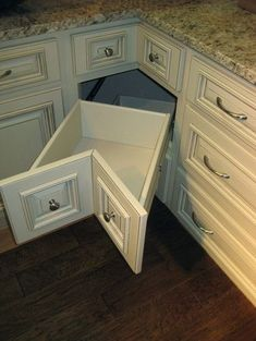 GREAT WAY TO USE A CORNER!! Arlington White Kitchen Cabinets Home Design by roxanne