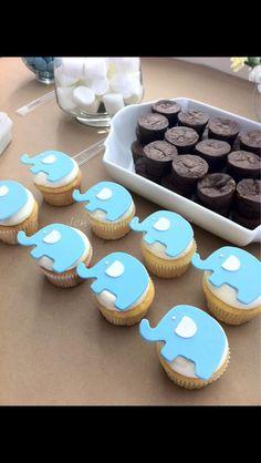 Elephant cupcakes / baby shower