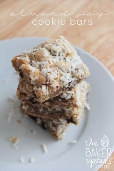 Almond Joy Cookie Bars from The Baker Upstairs. All the flavors of the candy bar in a delicious soft cookie. Perfection! http://www.thebakerupstairs.com