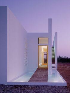 minimalist-pool-house-marrakech-5.jpg