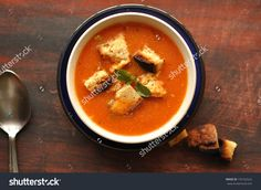 stock-photo-tomato-soup-with-basil-and-croutons-155162522.jpg (1500×1096)