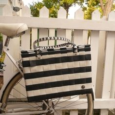 Recycled Straps Pannier black and white