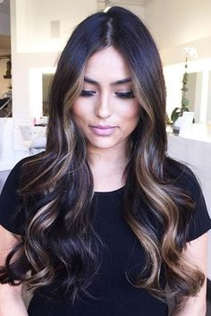 Dark brunette balayage hair, brunette hair with highlights, sombre hair Ombre Hair Color, Hair Color Balayage, Brown Hair Colors, Short Balayage, Blonde Balayage, Haircolor, Brunette Hair With Highlights, Sombre Hair Brunette, Dark Hair With Caramel Highlights