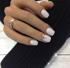 What manicure for what kind of nails? What manicure for what kind of nails? White Nail Designs, Acrylic Nail Designs, Gem Nail Designs, Cute Nails, Pretty Nails, Nagellack Trends, White Acrylic Nails, White Manicure, Acrylic Art
