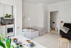 basil green pencil: Tiny apartment in the center of Stockholm