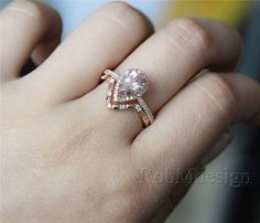 This is amazing!!!! So many things I like!!! 14K Rose Gold 2pcs Morganite Engagement Ring Set by RobMdesign