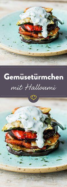 Gegrillte Aubergine, Zucchini und Paprika mit würzigem Halloumi und erfrischendem Joghurt--Dill-Dressing ergeben eine sehr schnell gemachte und leckere Mahl