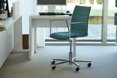 Brunner fina is also available as a #swivel #chair with casters http://www.brunner-group.com/en/products/products-alphabetically/fina.html