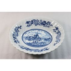 Johnson Brothers Tulip Time Oval Vegetable Bowl Blue on White (35 AUD) ❤ liked on Polyvore featuring home, kitchen & dining, serveware, white serveware, blue bowl, oval bowl, scalloped bowl and blue white bowl