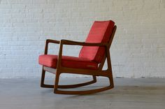 New York: Looking for a mid century rocking chair? $925 - http://furnishlyst.com/listings/978747