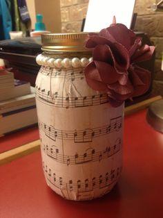 Sigma Alpha Iota Mason Jar Craft - Great gift for music teacher. :) #masonjar #musicnotes