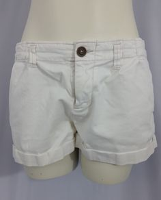 American Eagle Outfitters White Shorts Ladies Size 8