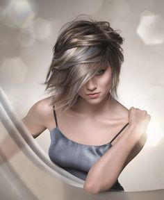 Lightweight, airy style ideal for mid-length hair: Color idea picture for my Mommie Gray Hair Highlights, Lavender Highlights, Mid Length Hair, Haircut And Color, Hair Color, Blonde Color, Ashy Blonde, Blonde Hair, Gray Color