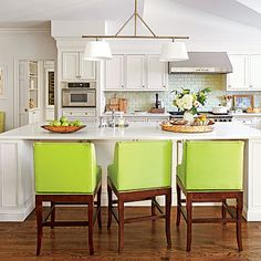 Stylish Kitchen Islands: Large White Kitchen Island