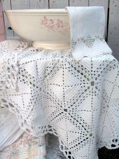 Vintage crochet cloth. . . Cabin & Cottage