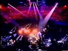 Fleetwood Mac - Go Your Own Way & Don't Stop (The Brit Awards, 1998) - YouTube