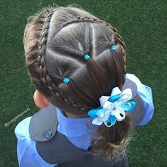 A sweet style today with diagonal lace 4 strand braids and 3 pull throughs and a pretty blue frozen bow @madebyelise It was actually more about the beanie she wore over her style today as she went to school in support of @carriebickmore #beaniesforbraincancer #beanieforbraincancer I invite you all to wear a beanie today and support this great cause!