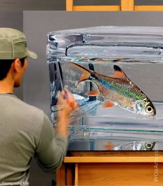 Young Sung Kim is a Korean artist, who creates stunningly hyper realistic paintings of animals and fishes. Realistic Drawings, Realism Painting, Hyperrealism, Reflection Painting, Fish Painting, Realistic Art, Step By Step Painting, Realism Art, Realistic Paintings