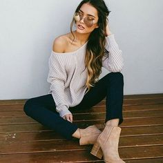 Love this cozy outfit Our 'Winter Break' knit + 'Fill Me In' jeggings + 'Stare Down' sunglasses togetherShop them now via the link in our bio☝️#showpo