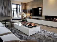 Classic luxury living room with table chairs and showcase Living Room Decor Cozy, Home Living Room, Interior Design Living Room, Living Room Designs, Home Fireplace, Living Room With Fireplace, Home Design Plans, Luxury Living, Home Fashion