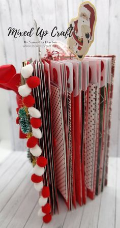 My Extremely Over The Top December Daily Mini Album! Christmas Mini Albums, Christmas Journal, Christmas Card Crafts, Last Christmas, Christmas Ornaments To Make, Christmas Minis, All Things Christmas, Christmas Ideas, December Daily