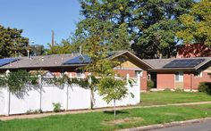 Community #solar is ideal for low-income residents who rent their homes and are looking to save money on their energy bill. Throughout the US, programs are being introduced to make community solar affordable to those in disadvantaged neighborhoods, creating a sense of empowerment and energy independence. http://easycleanenergy.com/cecblog/index.php/community-solar-can-empower-low-income-neighborhoods/