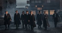 15 reasons you should be watching BBC's new show Peaky Blinders.