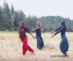 Body Art Movement ~ The Golden Meadow, Buckhorn Springs, Ashland Oregon. I was taking a Continuum retreat with Susan Harper at Buckhorn Springs, Ashland Oregon last week. The golden beauty of the meadow was so beautiful and inviting. Thank you Jurian Hughes and Lisa Remington for playing and dancing with me.  Watch the video: http://jovinna.com/body-art-movement-the-golden-meadow-buckhorn-springs-ashland-oregon/