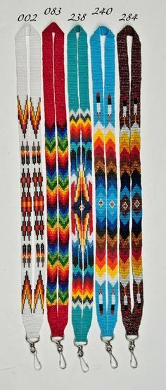 Beaded lanyards - I wanna make one of these for my badge at work! Beaded lanyards - I wanna make one of these for my badge at work! Native American Regalia, Native American Beadwork, Indian Beadwork, Native Beadwork, Seed Bead Jewelry, Beaded Jewelry, Bead Earrings, Seed Beads, Seed Bead Patterns