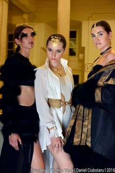 Collection Couture de la Créatrice Adeline Ziliox  #Designer #Couture #HauteCouture #Designer #Models #Black #White #Gold #Feather #Plumes #Paris #Strasbourg #Fashion #Mode #Création