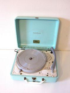 Portable record player, truetone turntable, aqua blue. Portable Record Player, Vinyl Record Player, Record Players, Vinyl Records, Phonograph, Gadgets And Gizmos, Vintage Records, Turntable, Aqua Blue