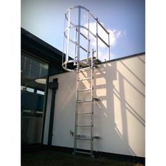 Typically used to access roof areas or mezzanine floors where exterior access is required; a T&I Solutions ladder fitted with cage and walkthrough offers a completely enclosed, safe method of access for almost any situation with a climb height of 2.8m - 10m.