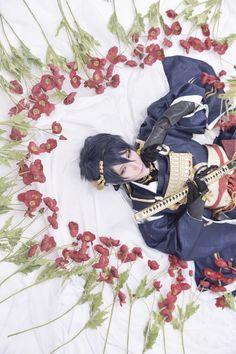 Shiina Kaname(椎名要) Mikazuki Munechika Cosplay Photo - Cure WorldCosplay