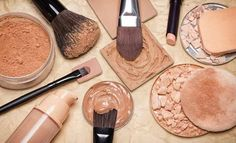 21 Best Eyeshadow Basics Everyone Should Know - Resouri Types Of Makeup, Basic Makeup, How To Apply Makeup, Eyeshadow Basics, Best Eyeshadow, Makeup Tools, Makeup Brushes, Makeup Products, Beauty Products