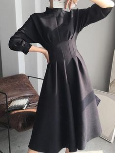 Mid-Calf Stand Collar Three-Quarter Sleeve Pullover Korean Dress Source by lilmsmoonshine Fashion 2020, Girl Fashion, Fashion Outfits, Fashion Design, Fashion Trends, Cheap Dresses, Elegant Dresses, Mode Sombre, Workwear Fashion