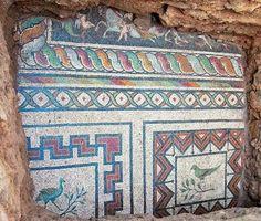 Δημιουργία - Επικοινωνία: Εντυπωσιακό ψηφιδωτό έφερε στο φως αρχαιολογική σκ...