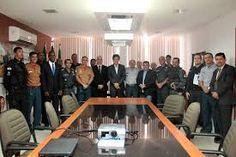 Folha certa : Robinson Faria recebe os comandantes e oficiais