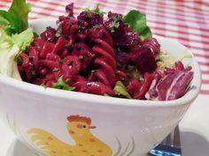 Céklás tésztasaláta recept Fruit Salad, Food, Fruit Salads, Essen, Meals, Yemek, Eten