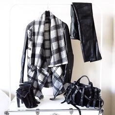 SnapWidget | Another reason I need Fall to happen ASAP. This @Bardot jacket... . #wiwt #whatiwore #outfit #outfitpost #outfittoday #monochromelife #mystyle #fashiondiary #fashionblogger