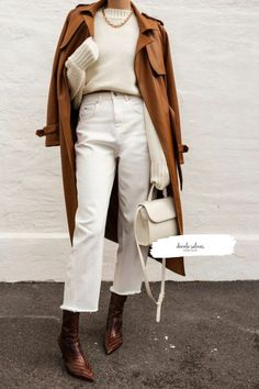 Winter Coat Outfits, Winter Fashion Outfits, Autumn Winter Fashion, Fall Outfits, White Jeans Winter Outfit, Mode Outfits, Jean Outfits, Trendy Outfits, White Outfits For Women