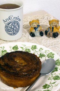 Kouign Amann / Chez papa Rico Kouign Amann, Dog Bowls, Pancakes, Breakfast, Food, Good Mood, Food Porn, Recipes, Kitchens