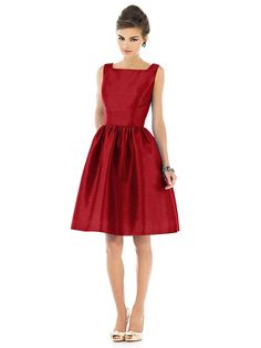 Alfred Sung Style D520 http://www.dessy.com/dresses/bridesmaid/d520/?color=garnet&colorid=403#.VYtoH95fnyo