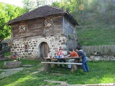 Šumske i seoske kuće,brvnare,vajati,ambari,vodenice...