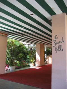 On a recent trip to LA, we stayed at the iconic Beverly Hills Hotel. Some décor is slightly dated, but this pink grande dame has its charms. Service is excellent. Rooms are spacious and quiet. Bathrooms are beyond roomy.  I love having breakfast at the Fountain, which is reminiscent of a 50′s soda pop shop.  And drinks at the Polo Lounge are a must.  The pool, ah, the pool!  That's reason to stay there enough. http://www.annaandkristina.com/kicking-it-old-school-in-la/
