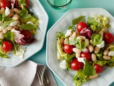 Five-Minute Salad: Goat Cheese, Herb and White Bean recipe from Ellie Krieger via Food Network Picnic Side Dishes, Side Dishes For Bbq, Summer Side Dishes, Side Dish Recipes, Lunch Recipes, Picnic Recipes, Picnic Ideas, Lunch Ideas, Salad Recipes