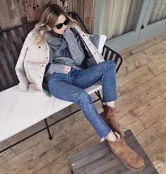 Firmly in hibernation mode for the rest of the day. If made a full sheepskin bodysuit I definitely would. Fashion Me Now, Fashion Outfits, Womens Fashion, Ugg Boots Outfit, Lucy Williams, Fall Capsule Wardrobe, Winter Mode, Jeans, Uggs