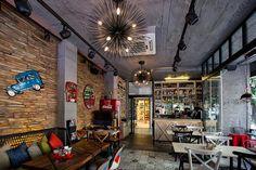 Papyon Cafe'den ilham alarak sizler de cafe, restoran gibi mekanlarınızda istediğiniz tasarımı oluşturabilirsiniz. En çok tercih edilen beton görünümlü duvar panel modellerini incelemek için https://www.ottostone.com/?s=beton&post_type=product #beton #tasarım #concrete #design #duvarpaneli #fiberpanel #duvarkaplama #evdekorasyon #wall #panel #duvar #dekoratif #decorative #fiber #patine #interiorwall #externallwall #içcephe #dışcephe #wallpanels #cafe #restoran