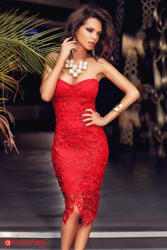Lady end red! Beautiful Red Dresses, Glamorous Dresses, Sexy Dresses, Fashion Dresses, Girls Dresses, Bridal Makeup Images, Atmosphere Fashion, Red Dress Outfit, Indian Girl Bikini
